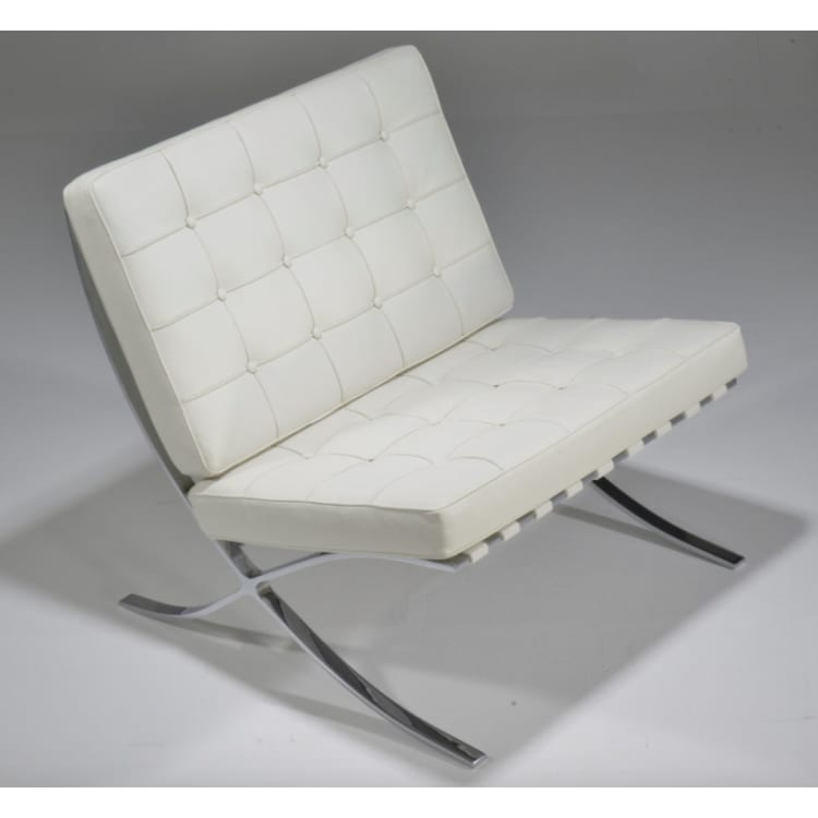 (product) Classic Lounge Chair